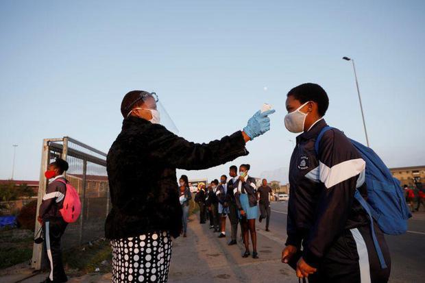Số ca Covid-19 ở Nam Phi vượt mốc 500.000, dịch bệnh vẫn chưa tới đỉnh - Ảnh 1.