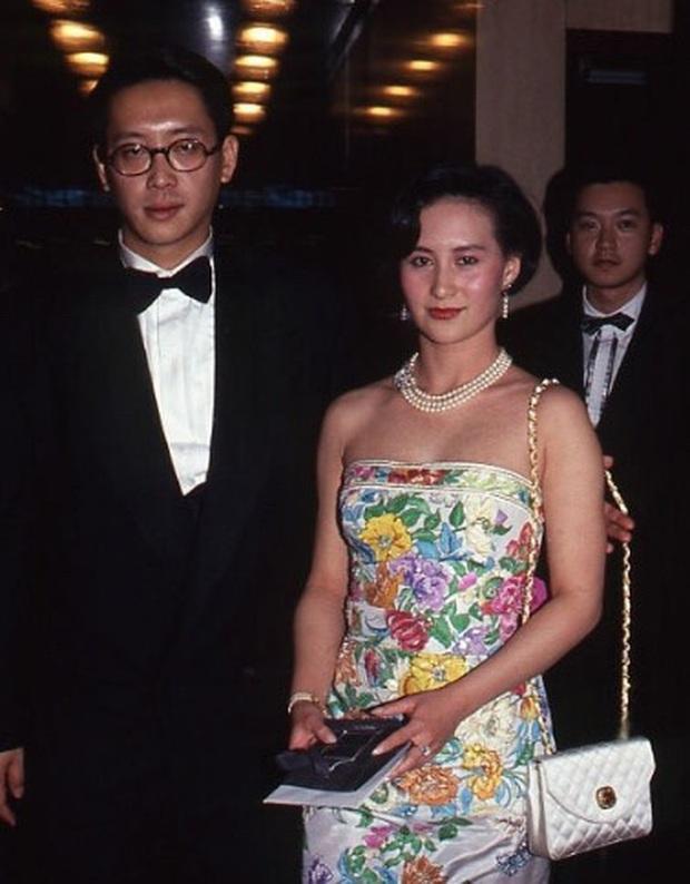 Chiêm ngưỡng loạt ảnh kiều diễm từ bé đến lớn của ái nữ mệnh phú quý Vua sòng bài Macau: Thuở thiếu nữ đẹp không khác mỹ nhân TVB - Ảnh 5.