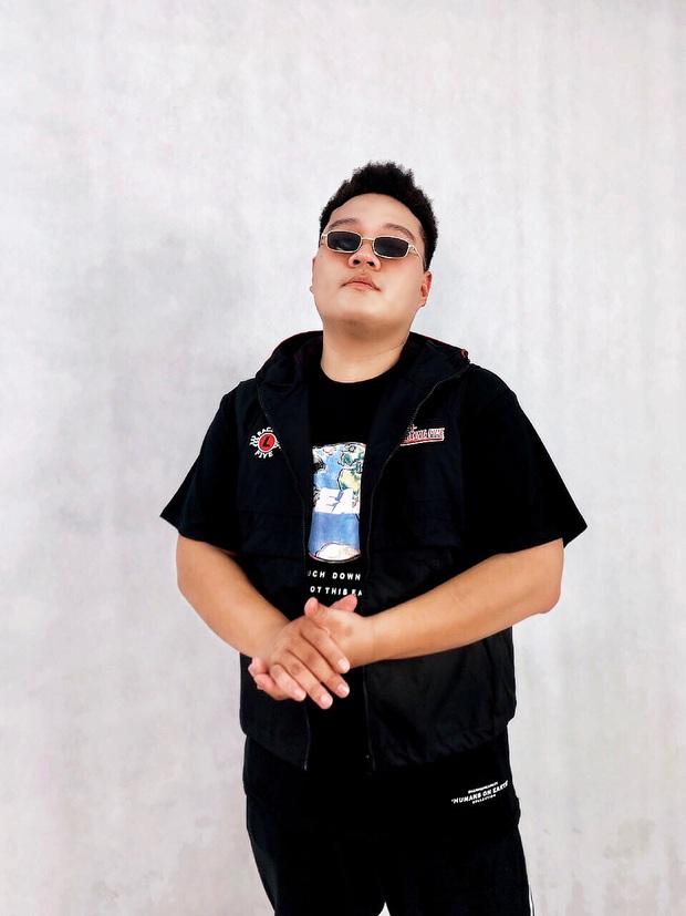 Bé bự một tạ mốt Yuno Bigboi gây sốt ở Rap Việt bày tỏ đã từng nản lòng với Rap, tiết lộ kỳ phùng địch thủ - Ảnh 3.