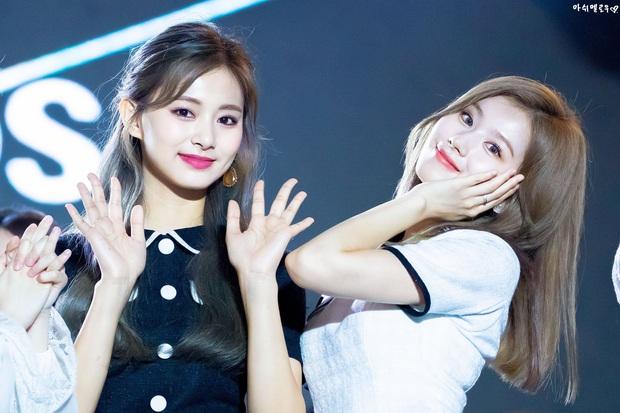 11 tổ hợp visual đỉnh nhất Kpop: Toàn cực phẩm cứ sóng đôi là gây bão, Vkook, Jennie - Jisoo còn nổi tiếng toàn cầu - Ảnh 8.