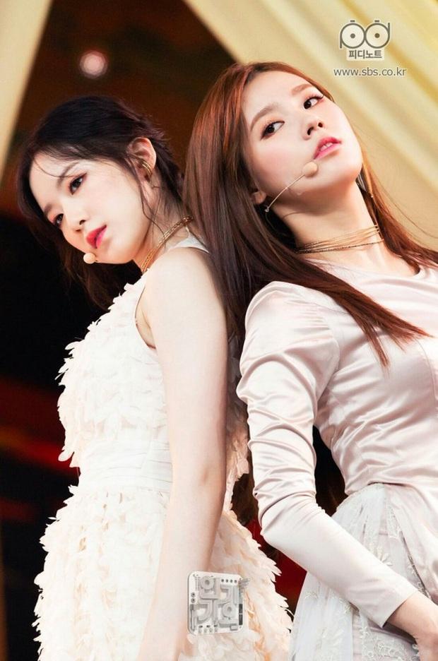 11 tổ hợp visual đỉnh nhất Kpop: Toàn cực phẩm cứ sóng đôi là gây bão, Vkook, Jennie - Jisoo còn nổi tiếng toàn cầu - Ảnh 20.