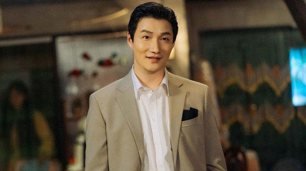 Phim của Suzy - Nam Joo Hyuk hoãn quay vì diễn viên phụ bị nghi nhiễm Covid-19 - Ảnh 3.