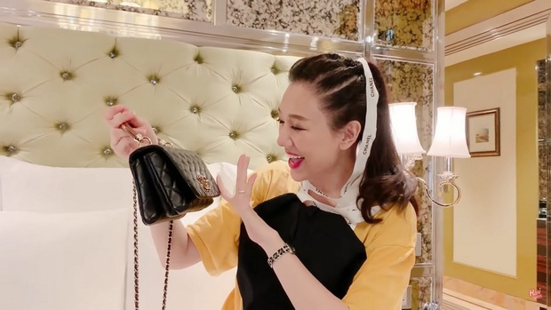 Hari Won tiết lộ món quà đầu tiên được Trấn Thành tặng lúc hẹn hò, nhìn cách nàng gìn giữ là biết quý lắm đây! - Ảnh 4.