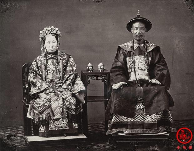 Loạt ảnh cũ quý giá nhất cuối thời nhà Thanh: Diện mạo của Tử Cấm Thành từ 160 năm trước và cuộc sống người dân được khắc họa rõ nét - Ảnh 1.
