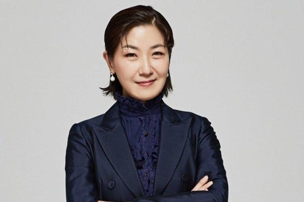 Phim của Suzy - Nam Joo Hyuk hoãn quay vì diễn viên phụ bị nghi nhiễm Covid-19 - Ảnh 1.