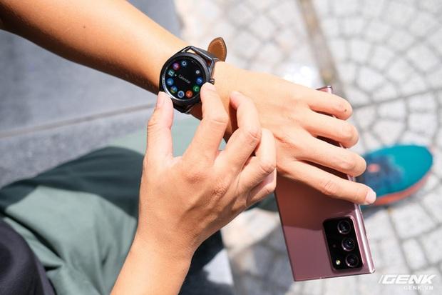 So sánh Galaxy Watch3, OPPO Watch và Apple Watch Series 5, bạn chọn smartwatch nào? - Ảnh 4.