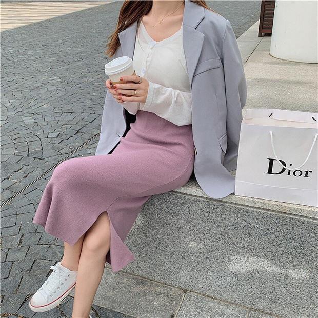 Sắm đủ 5 kiểu chân váy dễ tính sau thì bạn mix đồ cực dễ đẹp, đi đâu cũng được khen trendy - Ảnh 7.