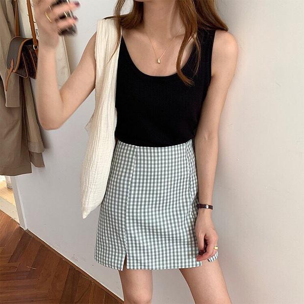 Sắm đủ 5 kiểu chân váy dễ tính sau thì bạn mix đồ cực dễ đẹp, đi đâu cũng được khen trendy - Ảnh 19.