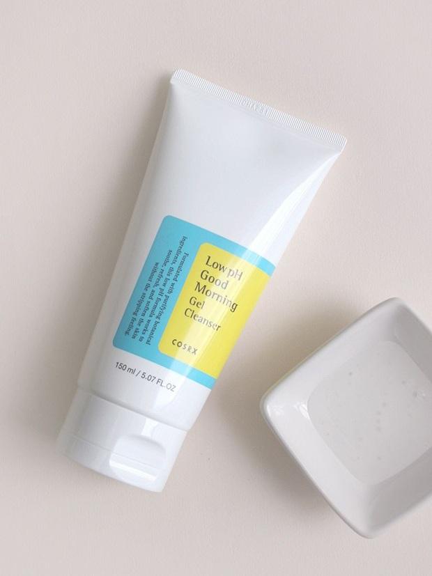 3 món skincare bạn nên đổi gấp lúc này để làn da lên hương khi trời đã sang thu - Ảnh 2.