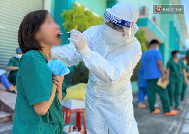 2 nữ điều dưỡng chăm sóc cho bệnh nhân ở Đà Nẵng nhiễm Covid-19 - Ảnh 2.