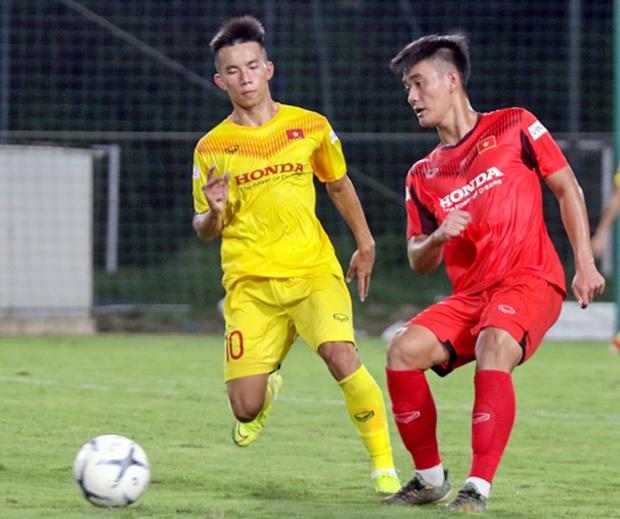 Tiểu Văn Toàn lập công giúp đội nhà chiến thắng trong trận đấu tập của U22 Việt Nam - Ảnh 7.