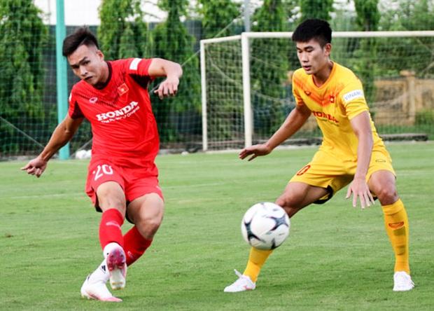 Tiểu Văn Toàn lập công giúp đội nhà chiến thắng trong trận đấu tập của U22 Việt Nam - Ảnh 1.