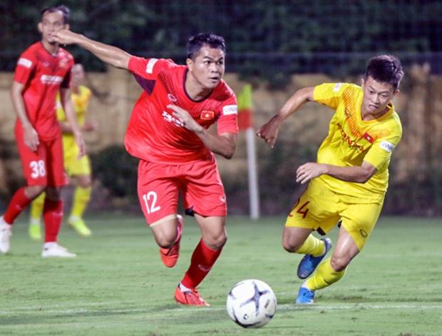 Tiểu Văn Toàn lập công giúp đội nhà chiến thắng trong trận đấu tập của U22 Việt Nam - Ảnh 6.