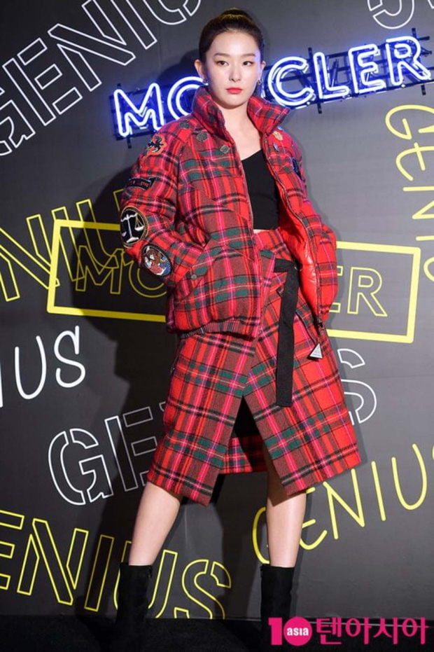 """Chỉ cao hơn 1m60, Seulgi vẫn """"cân"""" mọi style, nhiều pha lên đồ xuất sắc như cao 1m70 - Ảnh 11."""