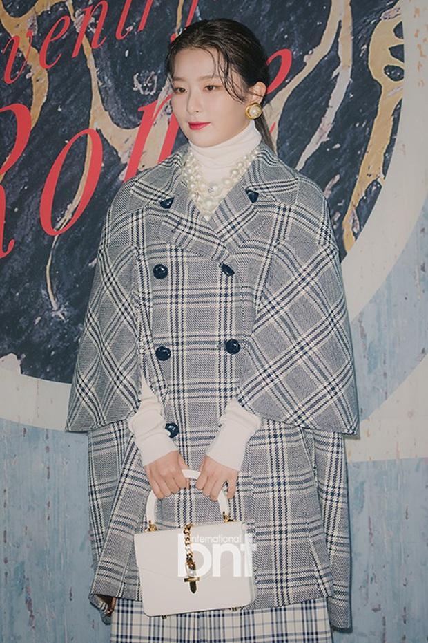 """Chỉ cao hơn 1m60, Seulgi vẫn """"cân"""" mọi style, nhiều pha lên đồ xuất sắc như cao 1m70 - Ảnh 6."""