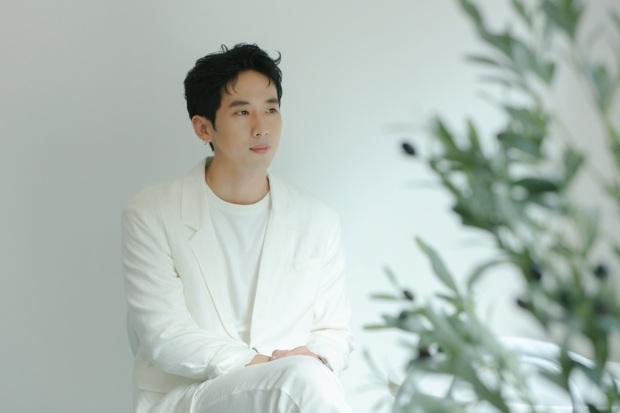 3 MV ra mắt cùng 1 tối: Trọng Hiếu thích đu trend, Tuấn Trần làm MV 0 đồng còn Ali Hoàng Dương mời Trấn Thành làm cố vấn âm nhạc - Ảnh 11.