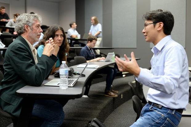 Tỷ phú đứng sau Google: Có học hàm giáo sư, sở hữu tài sản tỷ đô ở tuổi 61 nhờ sở thích ít ai ngờ - Ảnh 5.