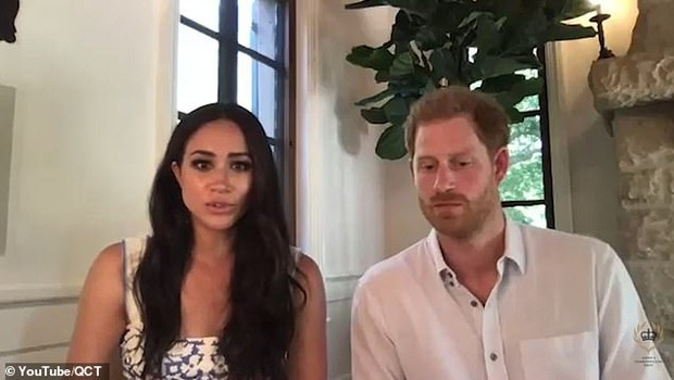 Cùng chồng tham gia cuộc họp, Meghan Markle bất ngờ phát ngôn gây tranh cãi về Nữ hoàng Anh, Harry chỉ ngồi im khiến dư luận dậy sóng - Ảnh 1.