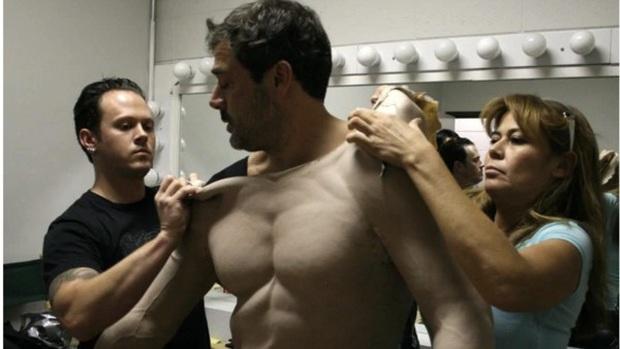 Đóng bom tấn lại lười tập gym, 5 sao Hollywood triệu hồi múi giả: Nhìn body của Will Smith mà tức á! - Ảnh 3.