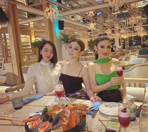 Tất tần tật về địa điểm hẹn hò của Hương Giang và Matt Liu: Toàn rich kid check-in, sao Việt tới lui nhiều không kể - Ảnh 6.