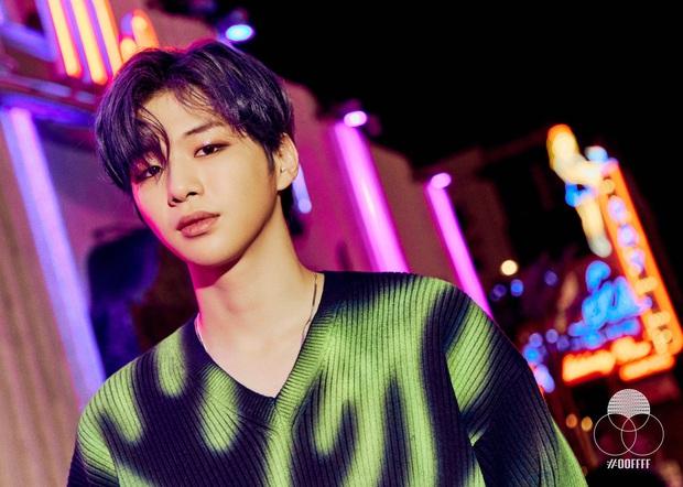 30 ca sĩ Hàn hot nhất hiện nay: Loạt ca sĩ nhạc Trot vượt mặt cả dàn idol, đối thủ nào chiếm ngôi vương của BTS? - Ảnh 5.