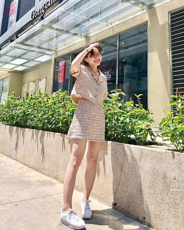 Seo Ye Ji diện váy hiệu trẻ trung sành điệu, chị đẹp Son Ye Jin khoác thêm áo ra ngay dáng đại gia - Ảnh 12.
