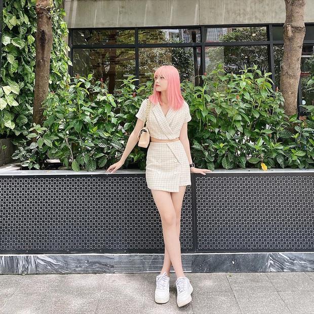 Seo Ye Ji diện váy hiệu trẻ trung sành điệu, chị đẹp Son Ye Jin khoác thêm áo ra ngay dáng đại gia - Ảnh 8.