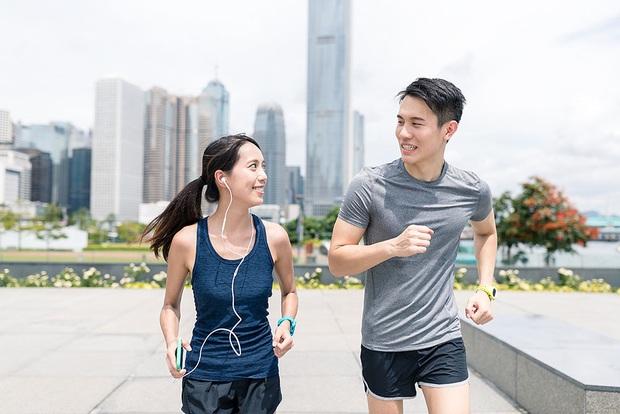 Tips hữu ích giúp cơ thể phục hồi sau khi chạy marathon - Ảnh 3.