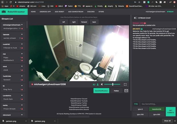 Chàng trai livestream toàn bộ cuộc sống lên mạng trong vòng 1 năm, kể cả lúc đi vệ sinh và quan hệ tình dục - Ảnh 6.