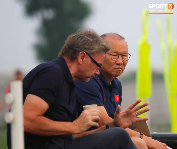 Tuyển Việt Nam đánh bại siêu cường bóng đá châu Á trong 30 năm tới: Tham vọng lớn hay sự viển vông? - Ảnh 3.