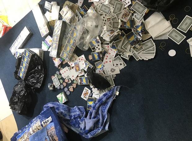 Khởi tố 25 đối tượng trong sòng bạc khủng ở căn hộ chung cư tại Sài Gòn - Ảnh 1.
