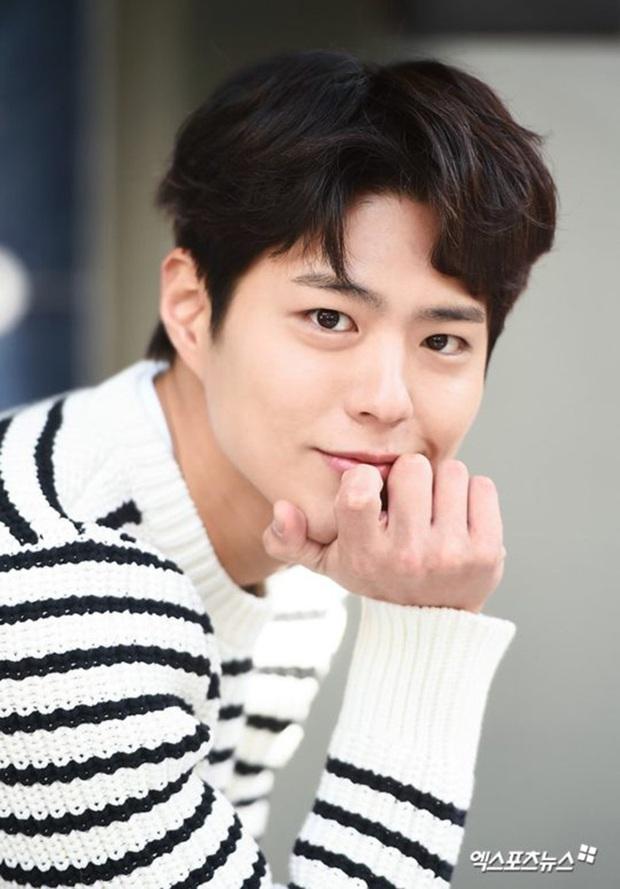 Sau loạt sóng gió với Song Song, nam thần quốc bảo Park Bo Gum sẽ tạm rời xa showbiz Hàn trong tận 2 năm - Ảnh 2.