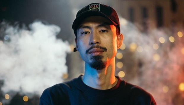 Đâu chỉ riêng Binz, những ca sĩ, rapper nổi tiếng như Đen Vâu, Karik, Sơn Tùng MTP... cũng đều là tín đồ LMHT - Ảnh 1.