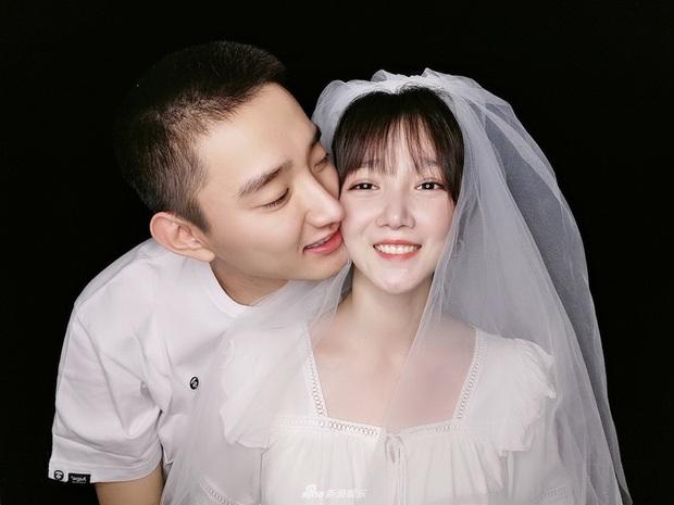 Trước Thất Tịch chỉ 1 ngày, Kim Tan Trung Quốc tuyên bố chia tay đàn chị 4 tuổi, màn tỏ tình năm ngoái hot trở lại - Ảnh 13.