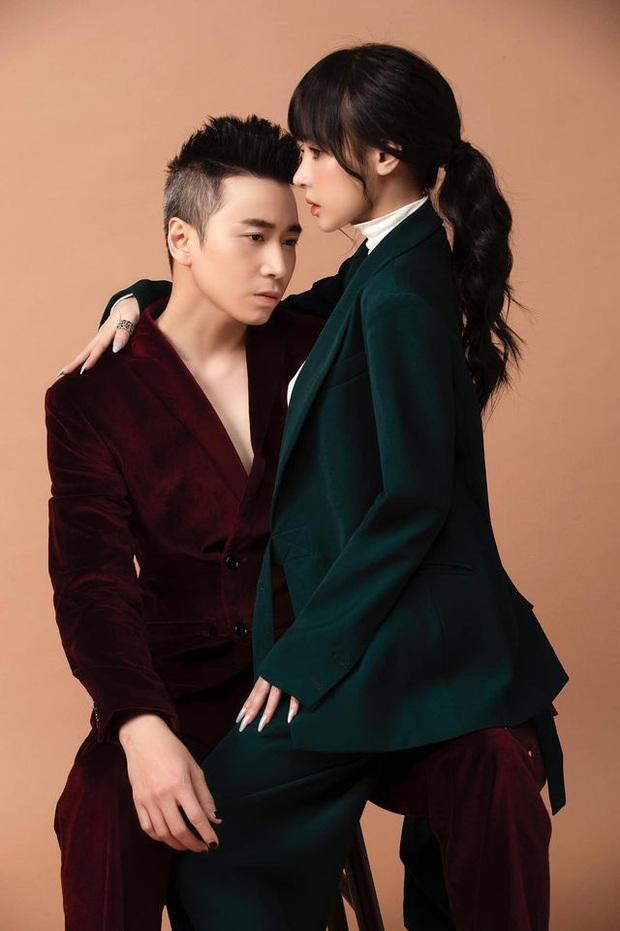 Bạn gái Karik bị soi chỉnh ảnh sống ảo quá tay đến mức đầu gối bay màu, nhưng cách giải thích lại khiến netizen thích thú - Ảnh 7.