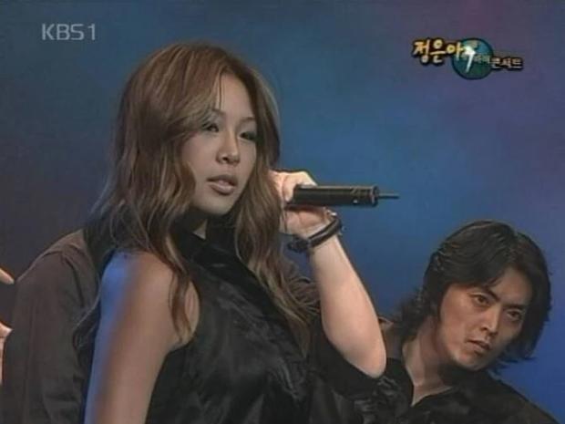Netizen tiếc nuối vẻ ngoài xinh xắn của chị đại Jessi trước khi dao kéo - Ảnh 4.