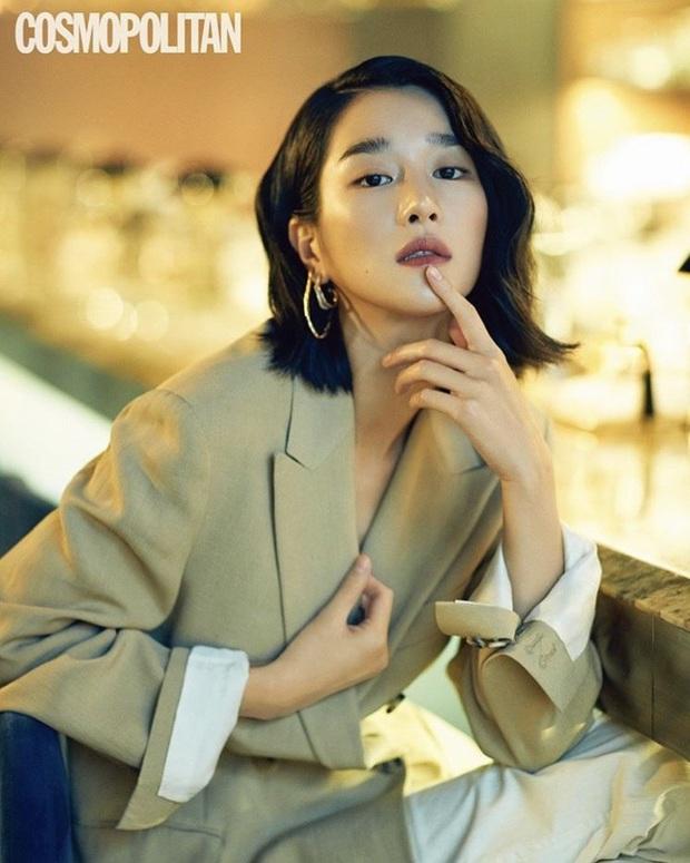 Ảnh tạp chí cũ của điên nữ Seo Ye Ji bỗng hot rần rần: Đẹp cực phẩm, sexy khó cưỡng, nhưng nhìn cặp lông mày mà thở dài - Ảnh 2.