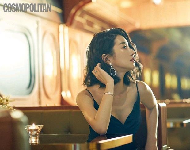 Ảnh tạp chí cũ của điên nữ Seo Ye Ji bỗng hot rần rần: Đẹp cực phẩm, sexy khó cưỡng, nhưng nhìn cặp lông mày mà thở dài - Ảnh 3.