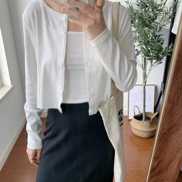 5 kiểu áo xinh - rẻ nhưng lại làm nên outfit sành điệu của hội gái xinh Instagram, không đu theo hơi phí  - Ảnh 11.