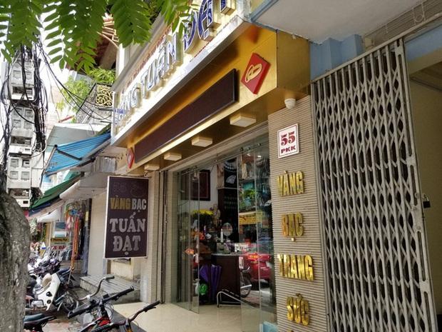 Hé lộ thân thế của đối tượng trộm 350 cây vàng ở Sơn Tây - Ảnh 2.