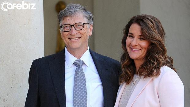Tỷ phú Bill Gates đang làm gì khi ở nhà tránh dịch? Điểm khác biệt của tỷ phú và người thường là đây! - Ảnh 1.