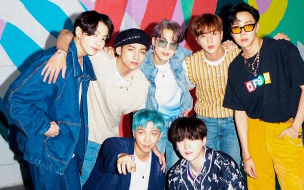 BTS giật PAK dù không quảng bá Dynamite, cùng TWICE lập kỷ lục khủng sánh ngang nhạc phim Frozen sau 7 năm tại Hàn Quốc! - Ảnh 3.