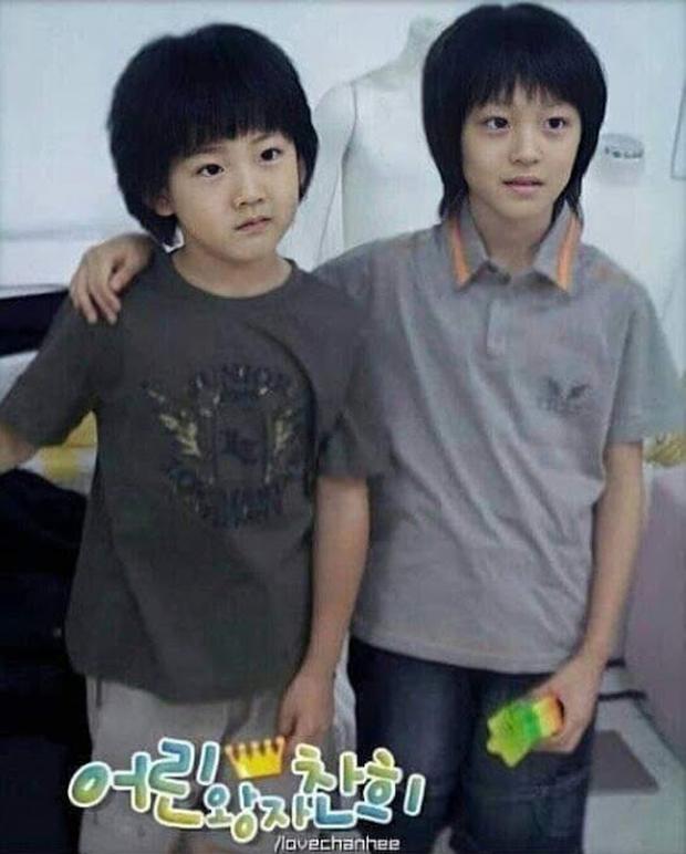 Knet phát sốt với loạt mẫu nhí giờ thành idol: Nam thần Vườn Sao Băng lột xác, 2 sao nhí thành em trai BLACKPINK - BTS - Ảnh 36.