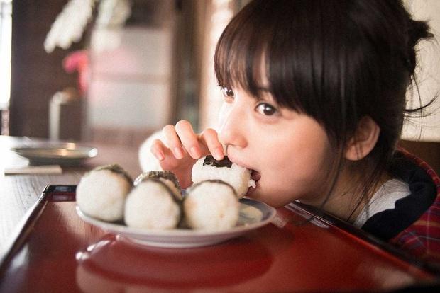 3 loại gạo độc tuyệt đối đừng nên ăn, không những hại sức khỏe mà còn gây ung thư và nhiều ảnh hưởng tiêu cực cho cơ thể - Ảnh 1.