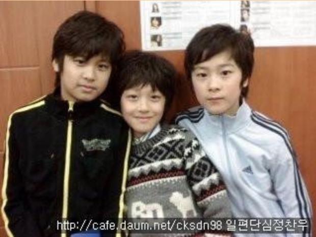 Knet phát sốt với loạt mẫu nhí giờ thành idol: Nam thần Vườn Sao Băng lột xác, 2 sao nhí thành em trai BLACKPINK - BTS - Ảnh 34.