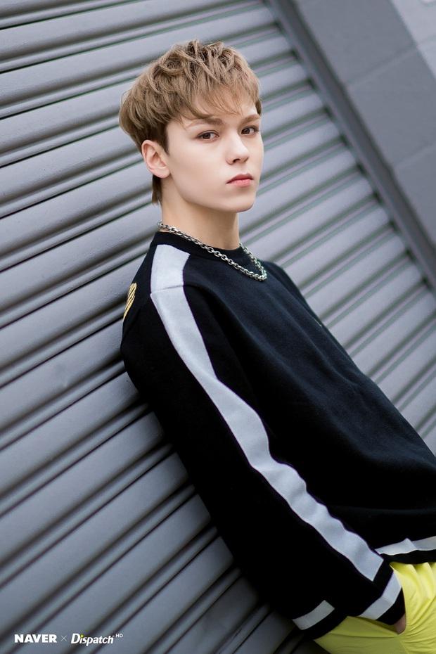 Knet phát sốt với loạt mẫu nhí giờ thành idol: Nam thần Vườn Sao Băng lột xác, 2 sao nhí thành em trai BLACKPINK - BTS - Ảnh 28.