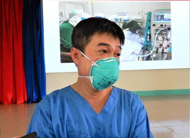 Bệnh nhân 416 đông đặc 2 phổi, nặng hơn cả bệnh nhân 91 phi công người Anh - Ảnh 2.