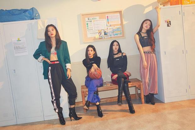Thánh thu thập hội gái xinh Kbiz Seulgi (Red Velvet): Từ nữ thần TWICE, BLACKPINK đến minh tinh, cả chục mỹ nhân đều là bạn thân - Ảnh 19.