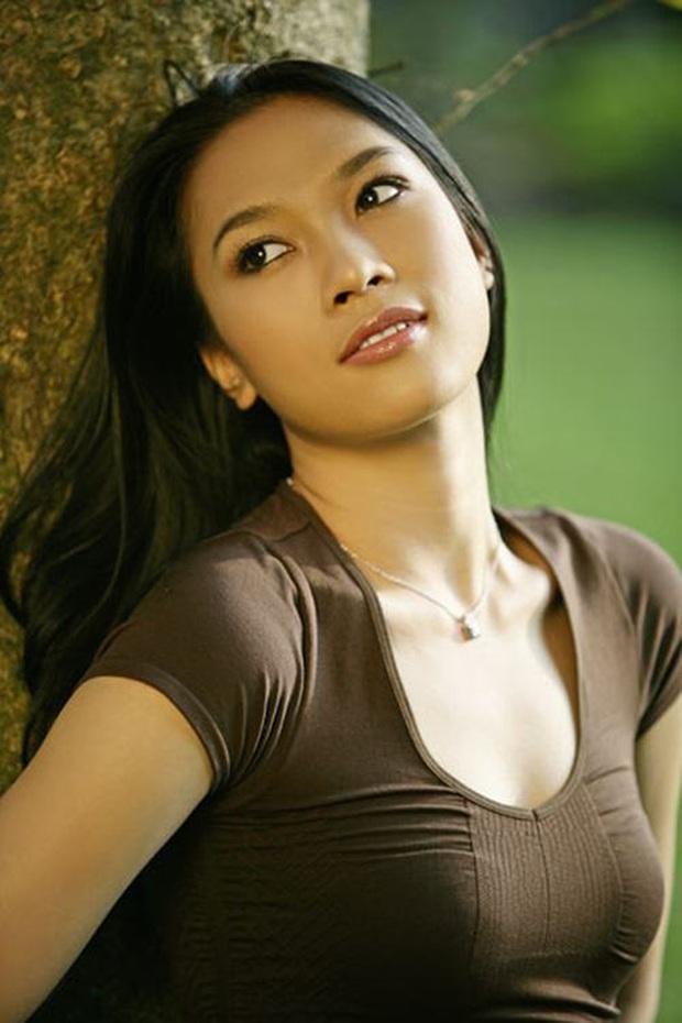 Hành trình lột xác nhan sắc của Mỹ Tâm: Từ Hoạ my tóc nâu giản dị thành chị đại đẳng cấp Vbiz, gây bão cả trên sân khấu xứ Hàn - Ảnh 7.
