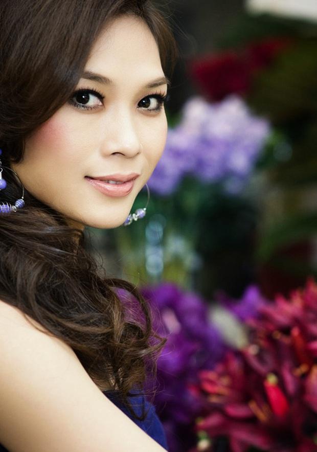 Hành trình lột xác nhan sắc của Mỹ Tâm: Từ Hoạ my tóc nâu giản dị thành chị đại đẳng cấp Vbiz, gây bão cả trên sân khấu xứ Hàn - Ảnh 8.